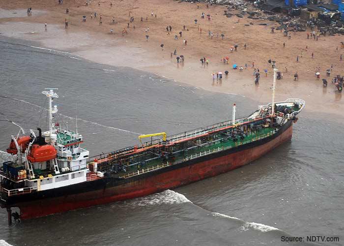 pavit-on-the-coast-of-mumbai-juhu-beach-clc-92